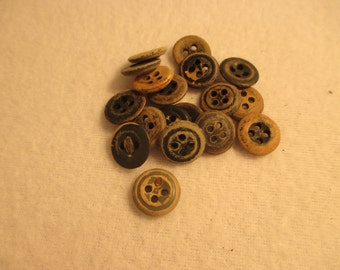 Set of 18 Vintage Wooden Buttons