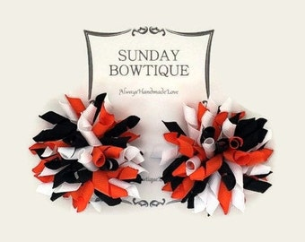 Orange Black And White Korker Hair Bow, Korker Hair Bows, Set of 2 Medium, Tiger Hair Bow, Halloween Hair Bow, Halloween Costume