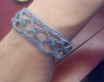 Woman bracelet or neck hook FishNet in cotton yarn and beads