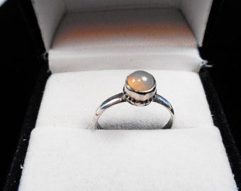 Moonstone Cab in a Silver Ring