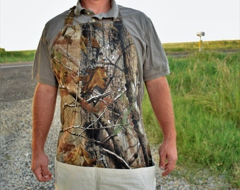 Reversible Men's Shop Apron with 4 BIG pockets | Camouflage & Canvas | Handmade Full Apron | Heavy Duty | REALTREE® Camo | Work Apron