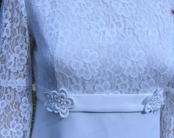 Vintage WEDDING DRESS lace sleeves modest dress 1960s snow white dress