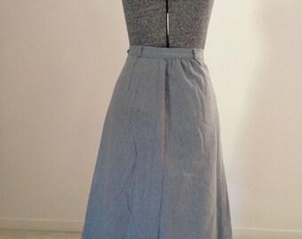 vintage 1970s does 1950s grey wool skirt - aline skirt - grey belt loop - 1970s skirt