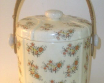 Vintage Japanese Porcelain Ice Bucket