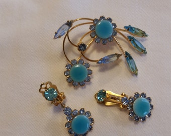 Vintage Brooch and Earring Set in Blues and Golds