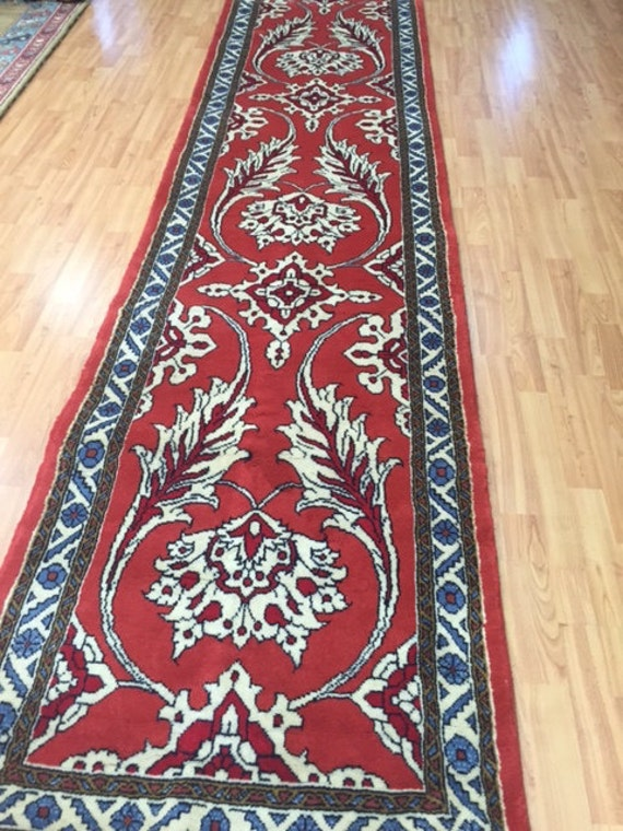 "2'9"" x 11'2"" Persian Meshkabad Floor Runner Oriental Rug - Hand Made - 100% Wool"
