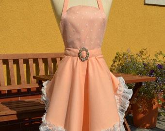 Pretty-in-peach full apron
