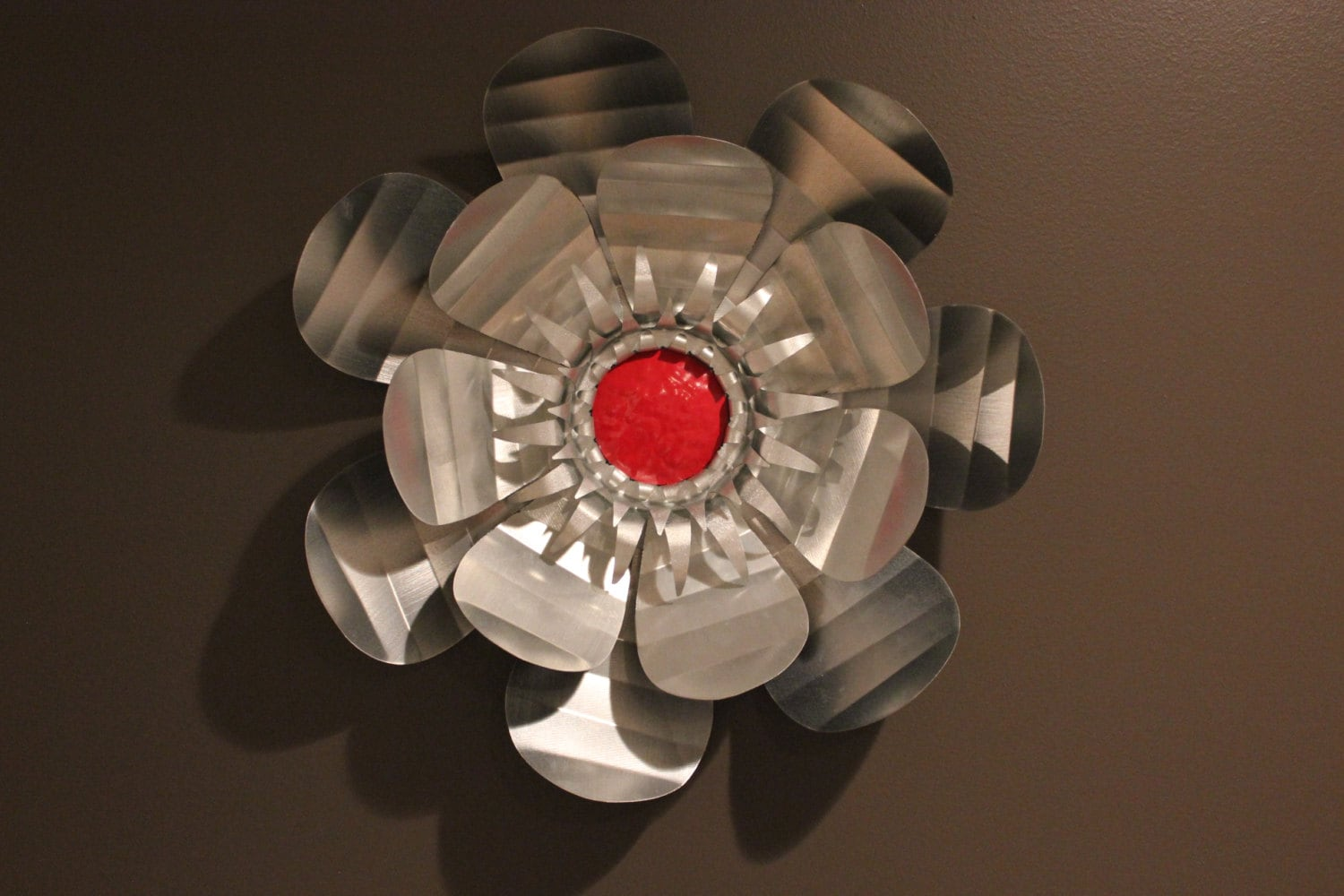 Red Metal Wall Decor: Silver And Red Creased Metal Flower Metal Flower Wall Art