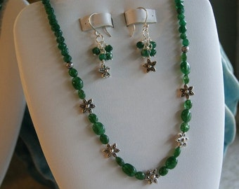 Emerald beaded necklace  -  143