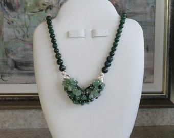 Green Moss Agate and Aventurine beaded necklace  -  185