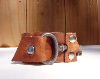 The Locksmith Cuff - Whiskey Leather Bracelet with Rustic Vintage Key - Rust Steampunk Snap