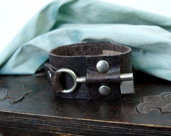 """EXTRA SMALL Mocha Brown Leather Cuff with Vintage French Key - The Locksmith - Rocker Steampunk Bracelet 5"""""""
