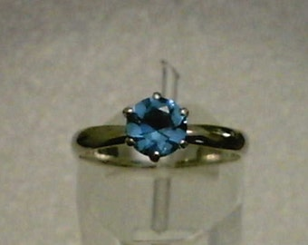 Color Change Blue to Purple Zandrite Gemstone in 925 Sterling Silver Ring Size 8