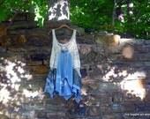 Blue Damsel Tunic ~ S - XL gypsy / lagenlook / bohemian / hippie / boho / retro chic / art wear ~ by mia baggali