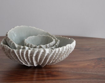 Set of Three Gray Crackle Nesting Scallop Bowls - Porcelain Bowls Gift Pottery Ceramic