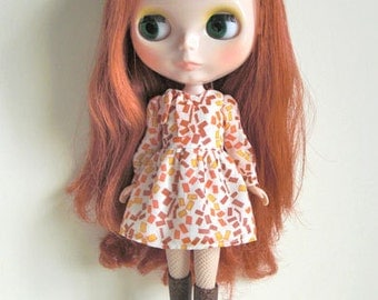 Caramel cream puff dress for Blythe doll