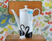Large black swans teapot