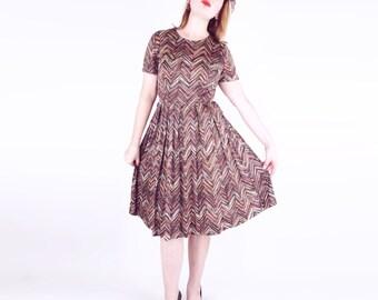 50s Rust Brown Chevron Zigzag Print Knit Full Skirt Dress M