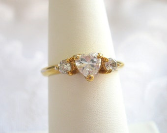 Vintage Heart Ring Rhinestone Crystal Goldtone Size 8