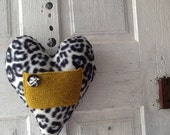 Quirky Plush Heart Messenger for Love notes and endearing gift items HEARTAROO