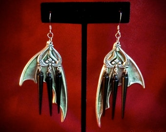 Silver Bat Wing Earrings with Spikes // Bat Earrings // Gothic Earrings // Halloween Earrings // Spike Earrings // Bat Jewelry // Chandelier