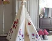 Teepee tent | lollipop flowers | Reg size