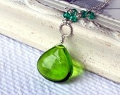 Emerald Green Quartz Necklace on Sterling Silver - Amazonia by CircesHouse on Etsy
