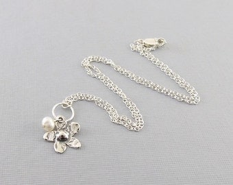 Sterling Silver Daisy Necklace - Flower Necklace - White Freshwater Pearl Necklace - Pearl Necklace - Flower Necklace - Sterling - N063
