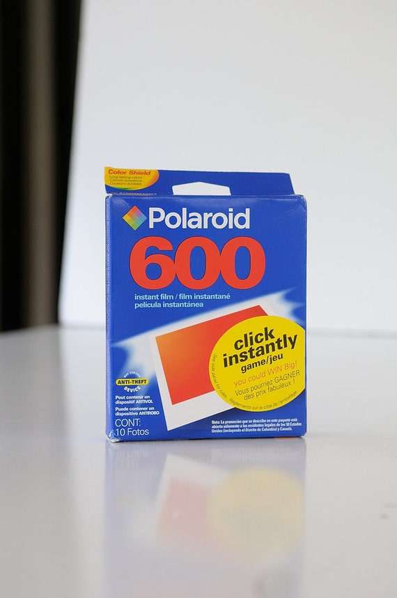 polaroid 600 color instant film real 1 pack 10 shots. Black Bedroom Furniture Sets. Home Design Ideas