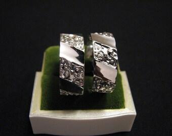 MINT Vintage Monet Silver Plated Textured Bubble Hoop Pierced Earrings