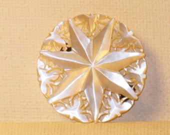 Vintage Mother of Pearl Star Hand Carved Brooch Pin (C-1)