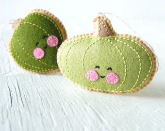 PDF Pattern - Little Acorn Squash and Green Pumpkin Sewing Pattern, Halloween, Thanksgiving, Autumn Felt Ornament Pattern, Softie Pattern