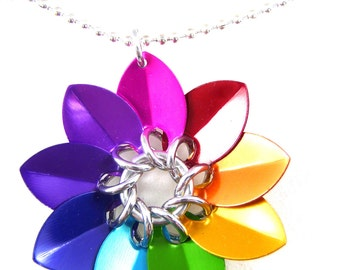 Rainbow Scale Maille Flower Pendant