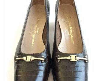 SALE! Salvatore Ferragamo Heels . Vintage Brown Croc Gold Designer Pumps Shoes . Was 58.00