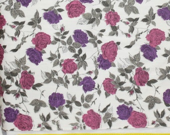 """1yd x 36"""" wide Vintage 50's Purple and Fushia  Roses Gray Leaves  Cotton Quilt Fabric"""