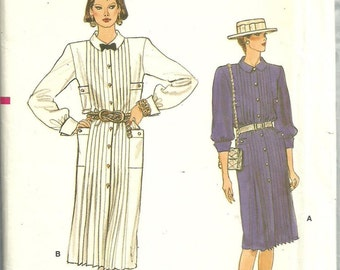 Vogue 8834 / Vintage Sewing Pattern / Dress / Size 8