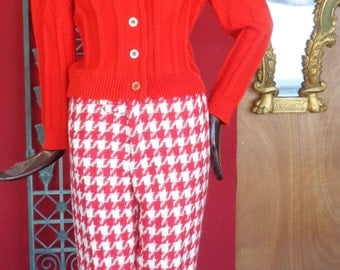 Vintage Wool Designer agnes b Houndstooth Red and White Cigarette Pants