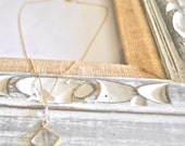 Crystal Necklace / Quartz Necklace / Quartz Crystal / Gemstone Necklace / Gold Necklace / Chain Necklace / Pyramid Pendant / Birthday Gift