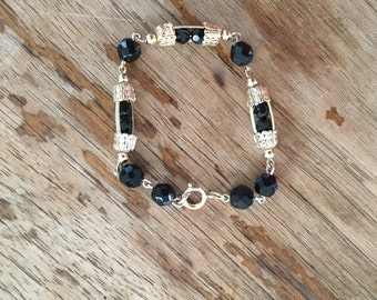 Vintage 60s / Black and Gold / Beaded / Costume Jewelry / Bracelet