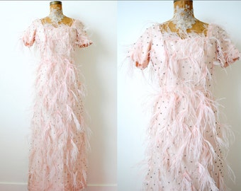 Amazing Vintage 1960s Pink Feather Beaded Dress/Pastel Pink Gown/Ostrich Feathers/Beaded Rhinestones/Pale pink/Shabby pink/Wedding dress