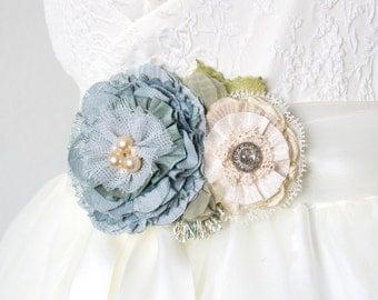 Blue Wedding Sash with Flowers and Pearls, Something Blue, Bridal Belt, Floral Bride Sash, Maternity Sash, Dress Pin, Floral Ribbon Belt