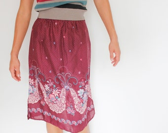 Vintage 70's lighweight floral skirt, maroon, knee / below knee, polka dots, lily, pansy, purple, romantic, casual, Casey's Place - Teen