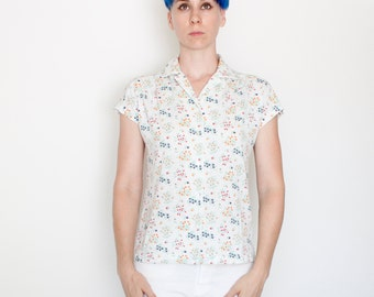 Vintage 70's floral button down, soft like a t-shirt, 50/50, tiny flowers, small collar, white, dolman sleeves, casual, comfy - Medium