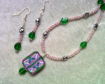 Pink, Lavender, Green and Blue Necklace and Earrings (1091)