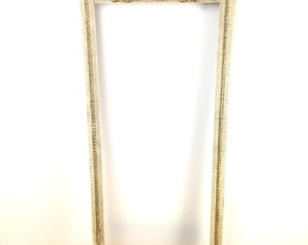 Vintage Shabby Chic Frame / White and Gold Picture Frame / Gallery Frame / Rectangular Frame / Cottage Chic Decor / Baroque Frame