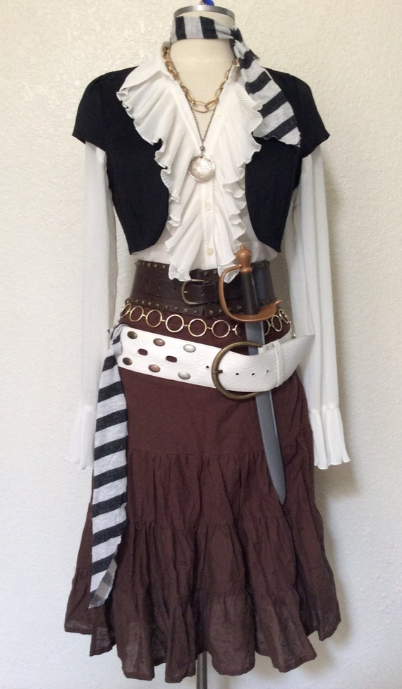 Adult Women 39 S Pirate Halloween Costume With Jewelry