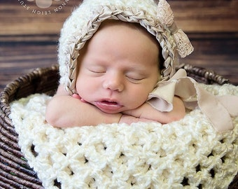 Download PDF crochet pattern 057 -Vintage ribbon bonnet and mini-blanket