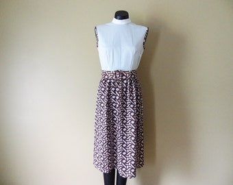 Mod Brown and Cream Dress with Belt size 8 or 10 Medium