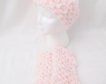 Light Pink Crochet Earmuffs-Pizazz Creations