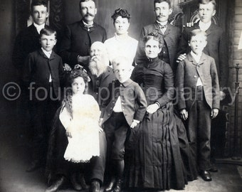 Vintage Photo, Family Portrait, Black & White Photo, Old Photo, Found Photo, Antique Photo, Edwardian Era, Vintage Photo